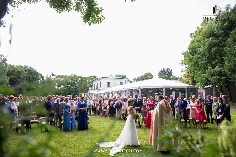 Przyjęcia weselne w okolicache Warszawy – jak wybrać miejsce?