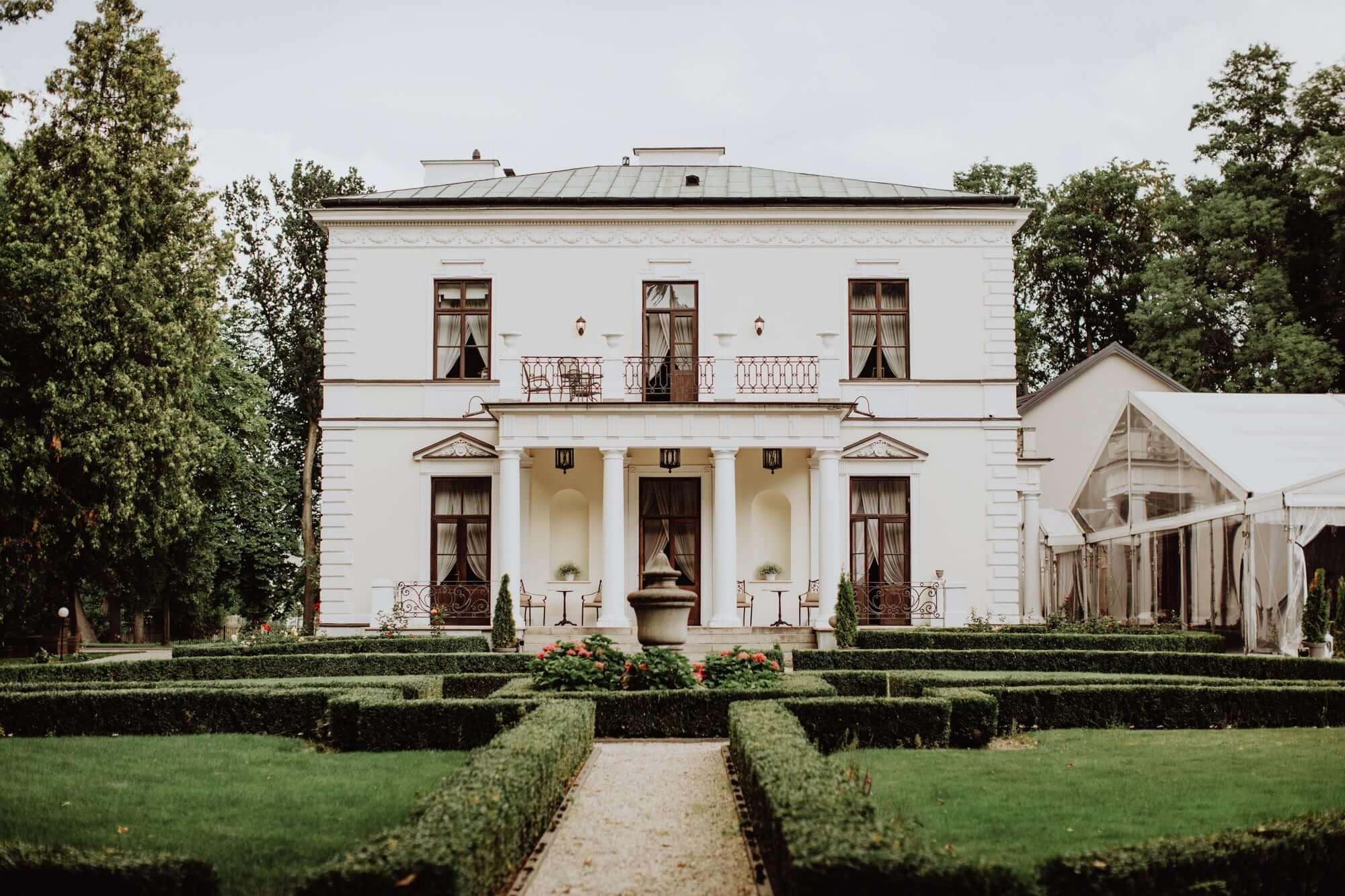 Pałac Rozalin - widok z boku