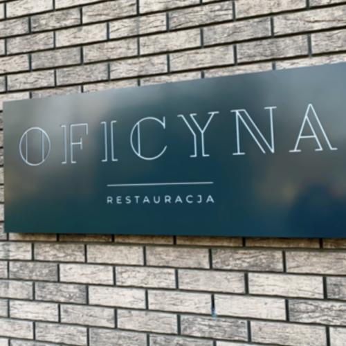 Restauracja Oficyna szyld