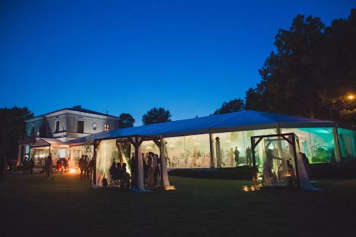 wesela pod namiotem w Pałacu Rozalin